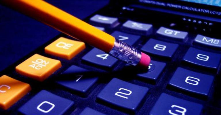 Sete em cada dez brasileiros tiveram de fazer cortes no orçamento
