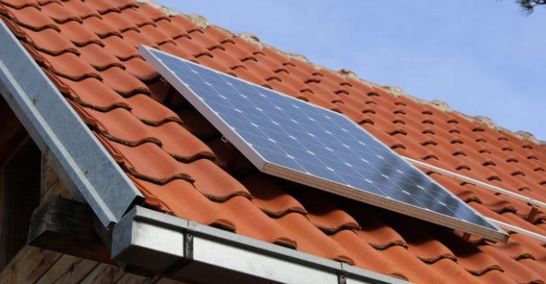 Classe C lidera interesse em equipamentos de energia solar