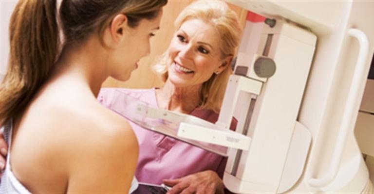 Mamografias periódicas evitam mortes por câncer de mama