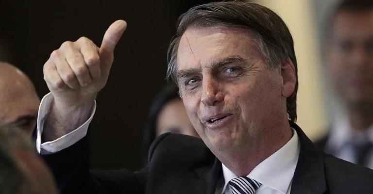Bolsonaro isenta de visto cidadãos dos EUA, Austrália, Canadá e Japão