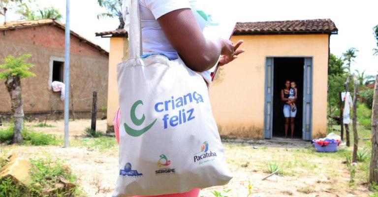 Programa Criança Feliz deve chegar a 1 milhão de crianças
