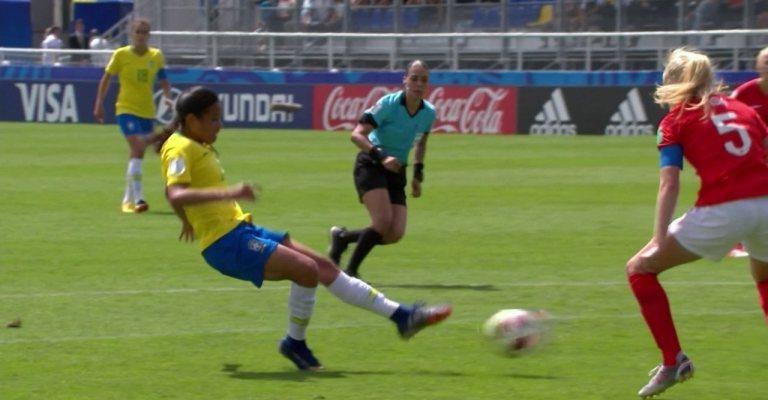 Brasil tenta título inédito na Copa do Mundo de Futebol Feminino