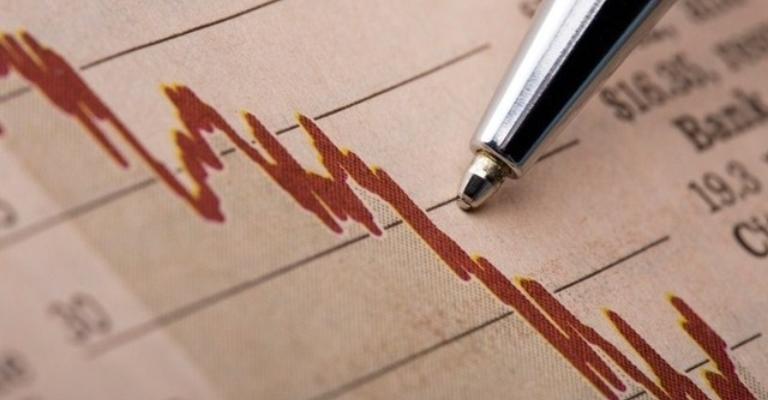 Coronavírus provoca a maior queda da história na confiança do empresário do comércio