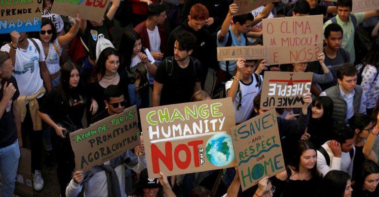 Jovens de todo planeta protestam contra mudanças climáticas