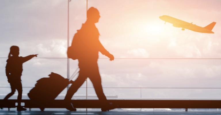 Entrada de turistascom vistos eletrônicos cresce 15% no Brasil