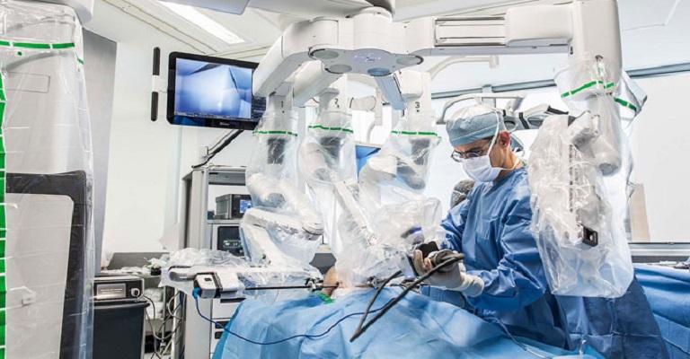 Hospital Felício Rocho comemora a marca de 500 cirurgias robóticas
