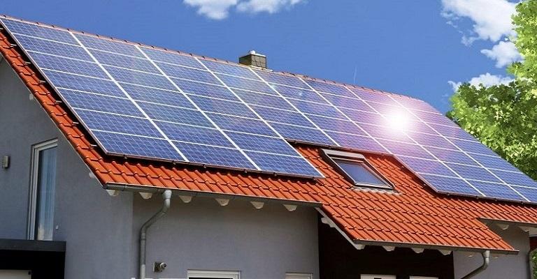 Brasil atinge 200 mil instalações de energia solar distribuída