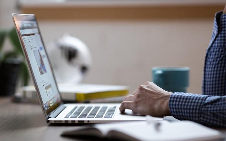 7 vantagens da educação a distância para empresas