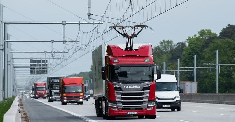 Alemanha inaugura sua primeira autoestrada elétrica