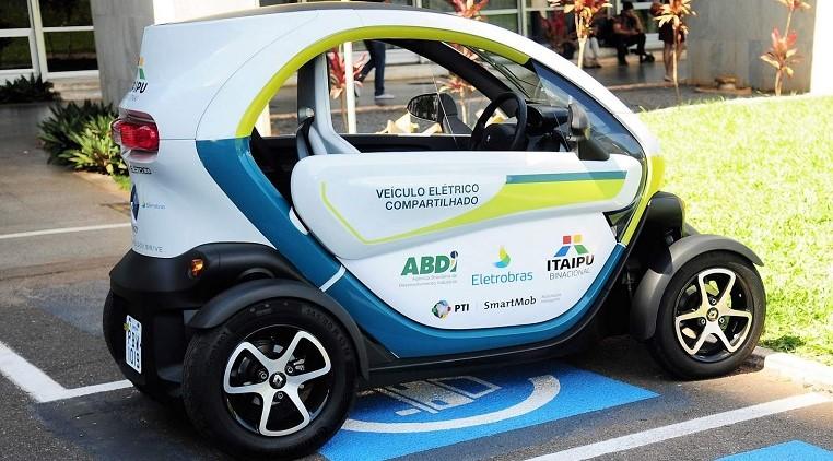 Brasília poderá economizar milhões com carros elétricos compartilhados