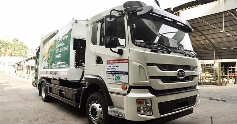 Caminhão elétrico já é realidade na coleta de resíduos no Rio