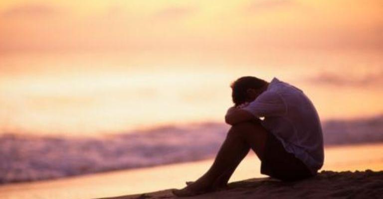 Medo do desemprego aumenta e satisfação com a vida diminui