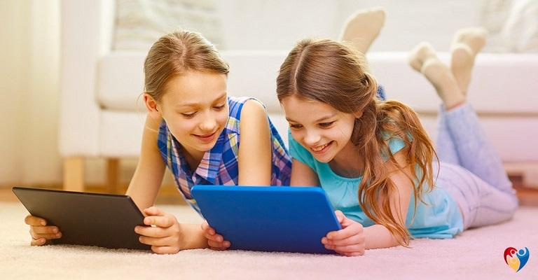 Psicopedagoga analisa influência dos youtubers nas crianças e jovens