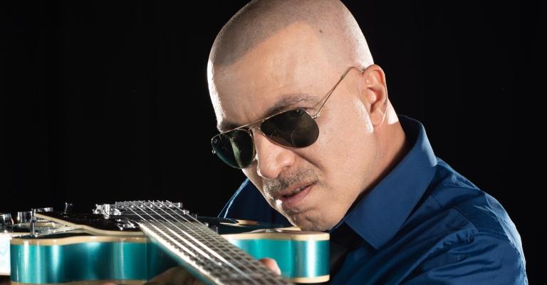 Eduardo Toledo celebra o quarto disco da carreira com show em BH