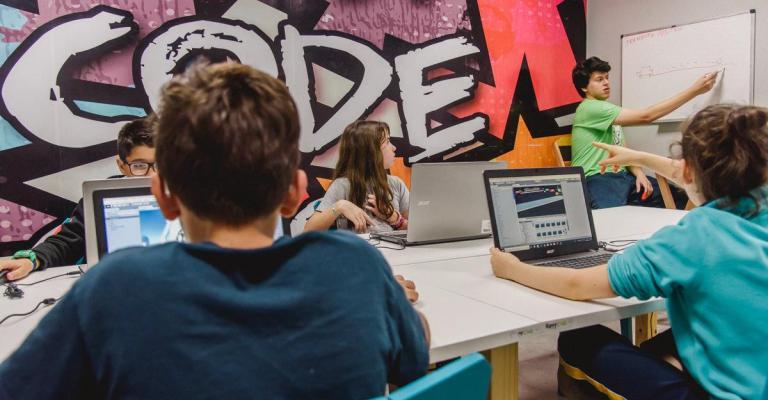 Maior Hackathon do Brasil espera reunir 3.000 crianças e jovens