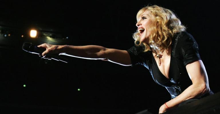 Madonna proíbe uso de celulares durante shows em nova turnê