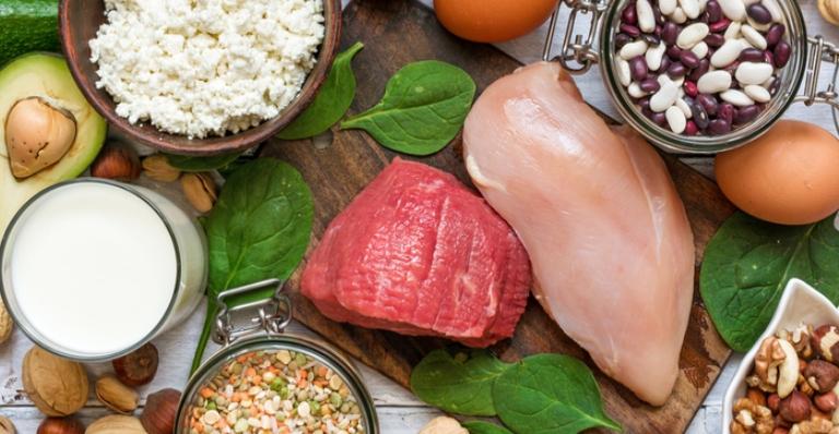 Alguns alimentos podem ajudar no combate à depressão