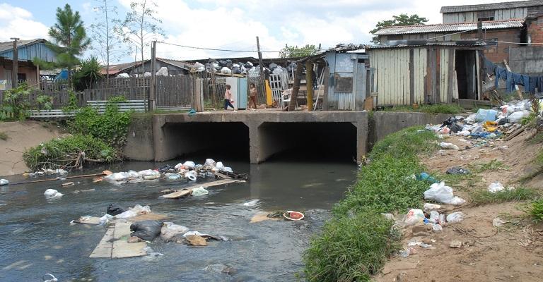 As dificuldades dos municípios no saneamento
