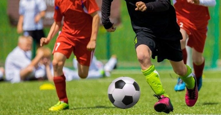 Por que o futebol brasileiro anda tão atrasado?
