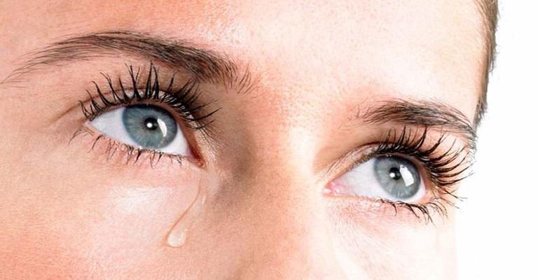 Vive chorando sem motivo? Canal lacrimal obstruído pode ser a causa
