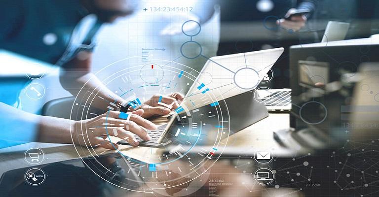 Profissional do futuro atuará em TI ou relacionamento humano