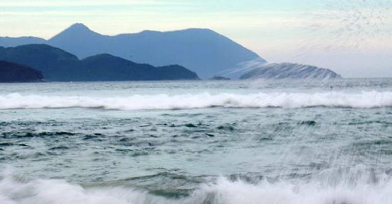 Oceanos atingem a maior temperatura já registrada da história