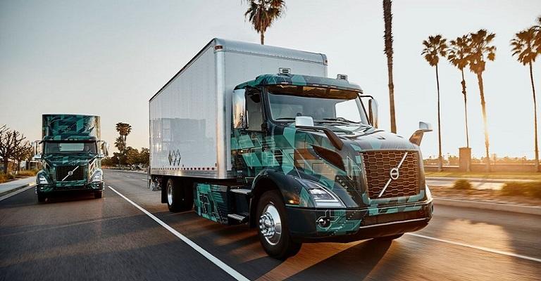 Volvo prepara lançamento comercial de caminhões pesados elétricos