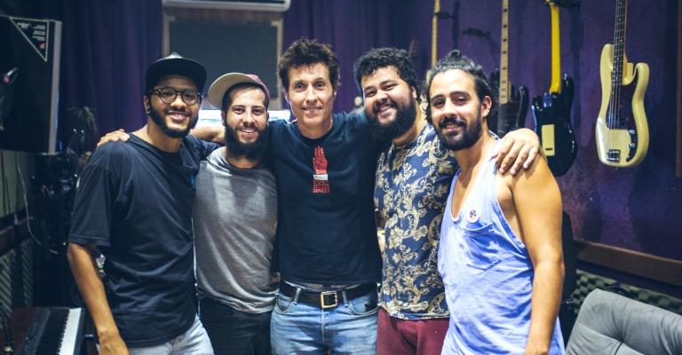 Com Dinho Ouro Preto, Zimbra lança vídeo de 'Quem Diria'