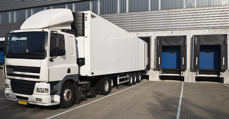Transportadoras contratam motoristas profissionais