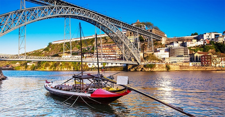 Quer morar em Portugal? Consultor tira todas as dúvidas