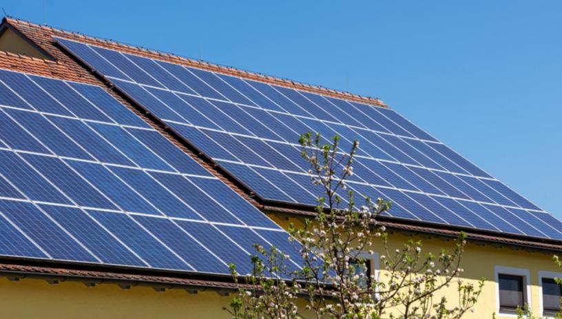 Investimentos de consumidores residenciais em energia solar ultrapassam R$ 5,1 bilhões