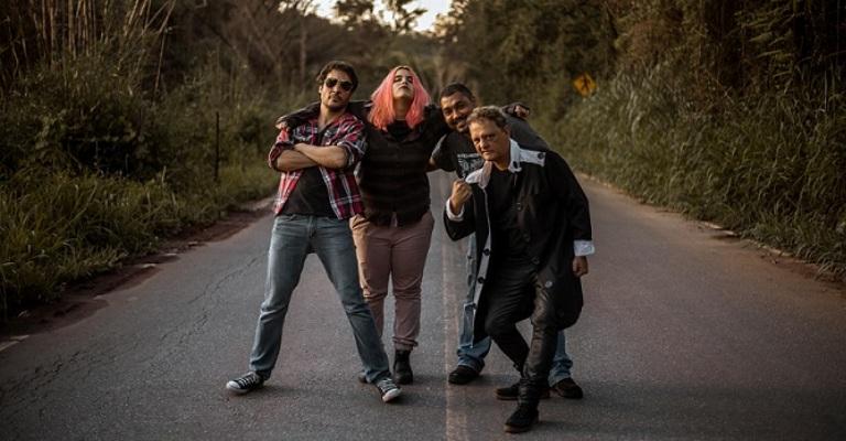 Banda Alucinoise anuncia show no YouTube