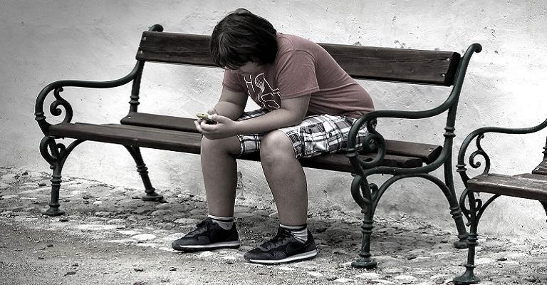 Redes sociais e solidão