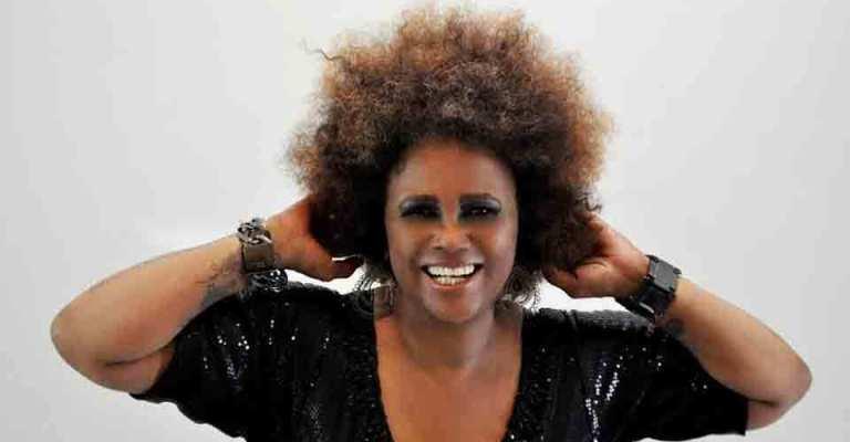 Sandra de Sá celebra 40 anos de carreira com discografia relançada