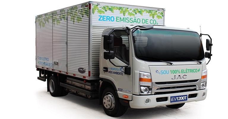 JAC lança caminhão urbano 100% elétrico e com capacidade de 4.000 kg de carga útil