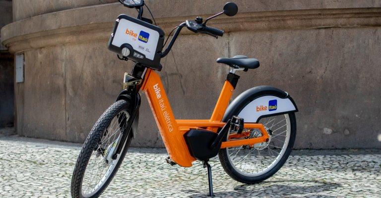 Lançado o maior projeto de bikes elétricas compartilhadas da América Latina