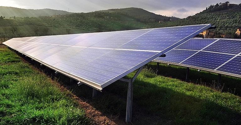 Furnas contrata energia solar com investimento de R$ 4 bi