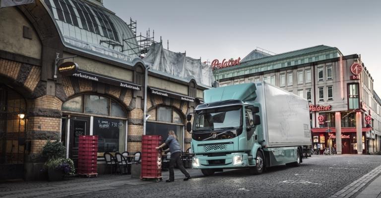 Volvo anuncia linha completa de caminhões elétricos na Europa em 2021