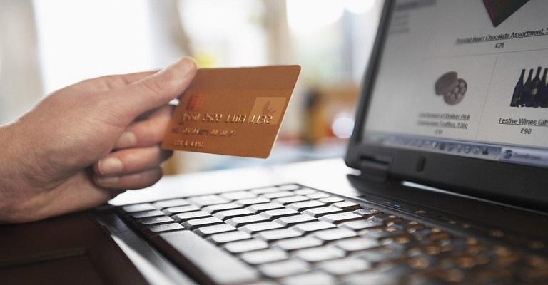 """Como identificar lojas confiáveis para compras """"on-line"""""""
