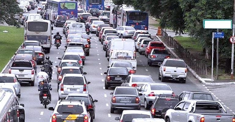 Motoristas estão mais agressivos e imprudentes no trânsito