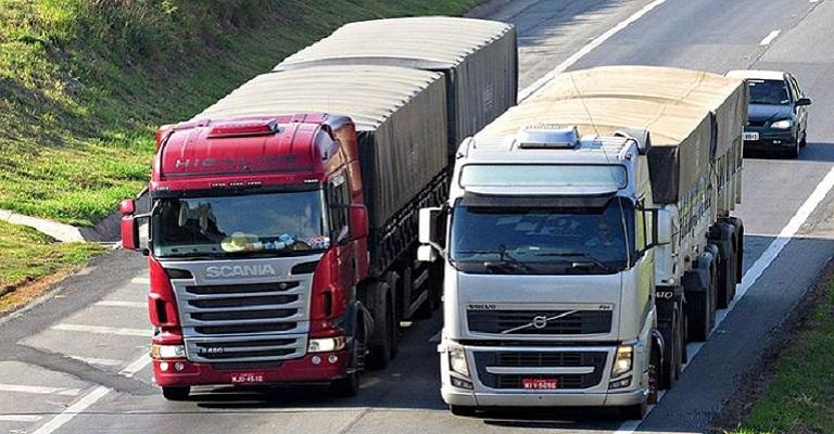 Veículos pesados e viagens sem volta