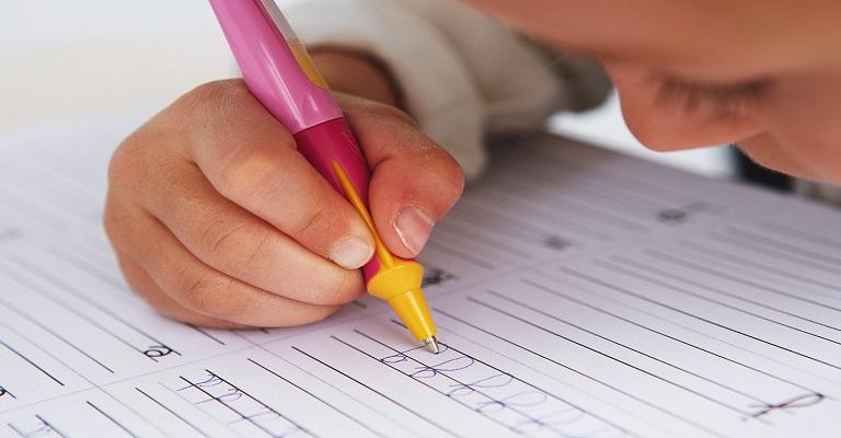 Alfabetizar na educação infantil, que história é essa?