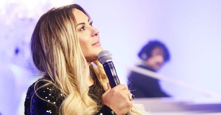 Virgínia Arruda lança novo single que fará parte de DVD