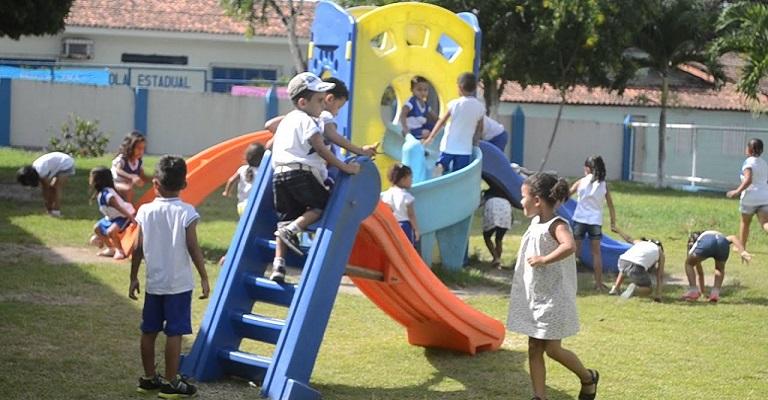 Escolas são mais vivas com crianças