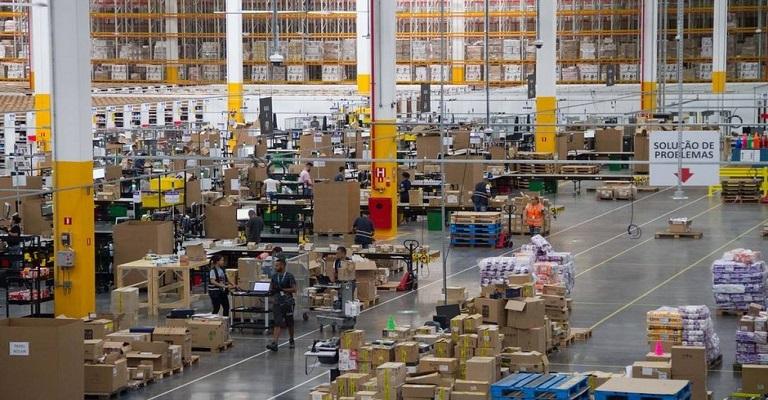 Como a Amazon consegue ter tanta rapidez na entrega?