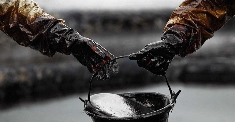O petróleo e o reajuste de preço aos consumidores