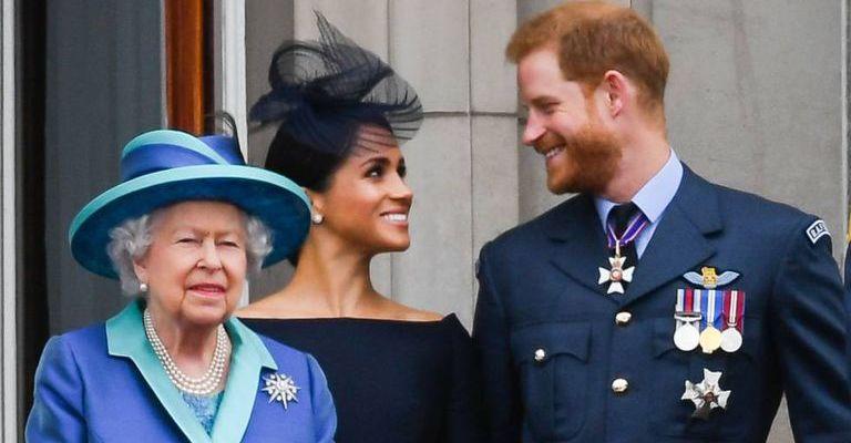 Rainha Elizabeth retira títulos e apoio financeiro de Harry e Meghan Markle