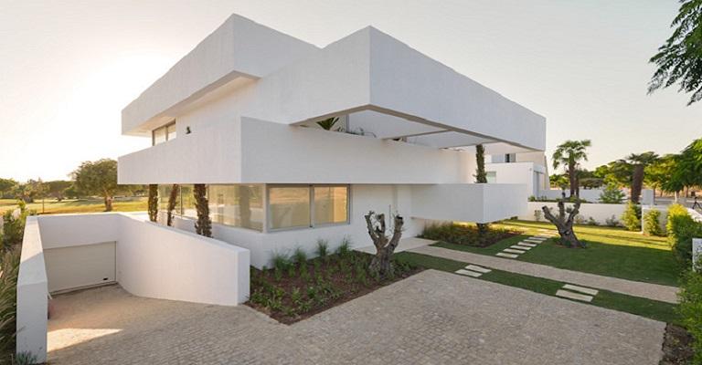 Construir casa em Portugal não é uma tarefa das mais fáceis