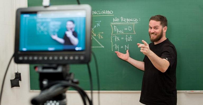 Digitalização e investimentos em tecnologia: como será o futuro da educação?